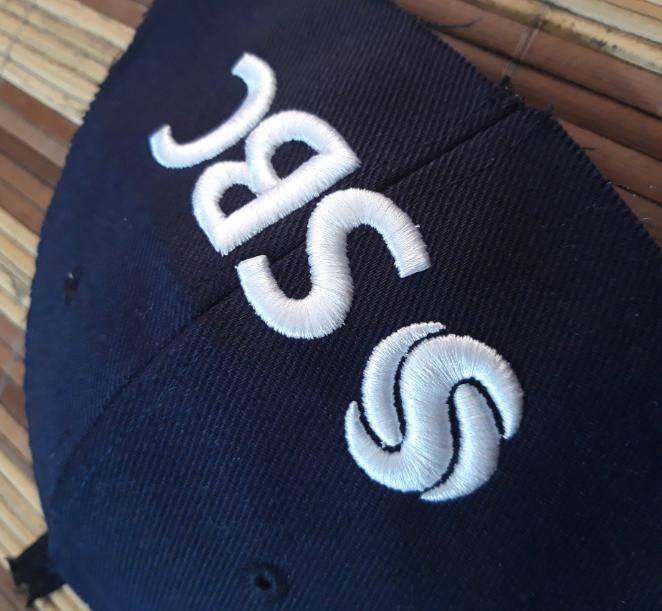 Konveksi Topi Topi Bordir 3d atau timbul UNIPRO Produksi topi, konveksi topi. Wa 085222417456